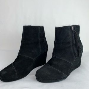 Toms Black Suede Wedge 9 Booties